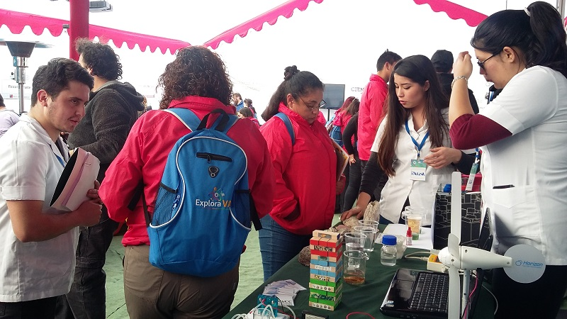 Estudiantes de Bachillerato en Ciencias e Investigadores de CiiCC-UST fueron parte de Explora VA!