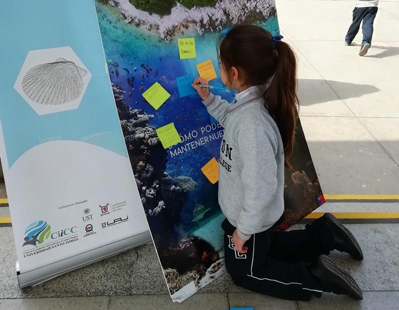 Proyecto CarboNat-Lab y Centro de Investigación para el Cambio Climático UST se hacen presentes en Feria Científica Escolar